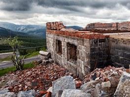 Ruiny Petrovy boudy v Krkono��ch (�erven 2012)