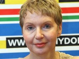 Irena Obermannová radikálně změnila image.