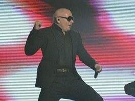 Raper Pitbull vystoupil 18. června v Praze.