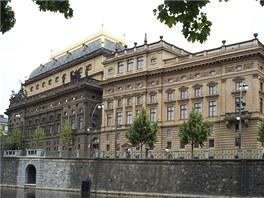 Národní divadlo čeká rekonstrukce fasády historické budovy.