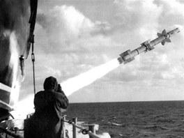 LOSB se používal pro navedení střel námořního protiletadlového systému RIM-8