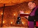Otevření kostnice u kostela sv. Jakuba v Brně (20. červen 2012). Na snímku