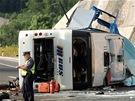 Nehoda �esk�ho autobusu na chorvatsk� d�lnici A1, p�i n� zahynulo osm lid� a