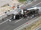 Nehoda �esk�ho autobusu na chorvatsk� d�lnici A1, p�i n� zahynulo osm lid� a...