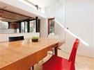 Stůl lze rozložit i pro hodně početnou návštěvu.