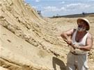 Srb�t� paleontologov� odkr�vaj� dal�� mamut� poz�statky (27. kv�tna 2012)