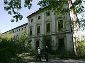 Zch�tral� z�mek v Dlouh� Lou�ce nedaleko Uni�ova na Olomoucku.