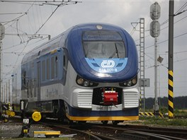 Polsk� vlaky Pesa Link II, kter� budou v �esku jezdit pod n�zvem RegioShark,...