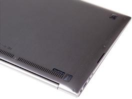 Asus Zenbook Prime - zespodu
