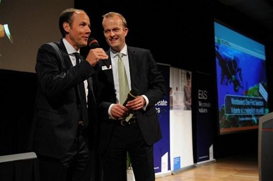 Vlevo Manfred Zettl, managing director (Ertrag und Sicherheit), vpravo: Jakob