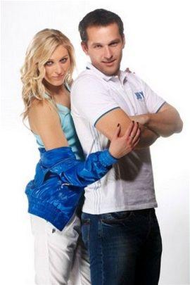 Tv��e zna�ky Reporter, moder�to�i Zorka Kepkov� (Sn�dan� s Novou) a M�ra Hejda
