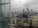 Pohled ze 14. patra nejvy���ho mrakodrapu v Evrop� - lond�nsk�ho St�epu.
