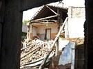 V ulici Horn� Dubina se z��tila p�edn� ��st rodinn�ho domku. Na podm��en� p�d�