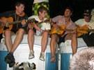 Hudební improvizace návštěvníků festivalu Rock for People na mobilních