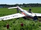 Nehoda motorizovaného kluzáku u Svinar na Královéhradecku (8. července 2012)