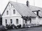 Tak vypadal dům Burdychových za války, když se v něm skrýval Jiří Potůčka.