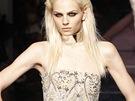 Model Andrej Pejič na přehlídce Jean Paul Gaultier haute couture podzim - zima...