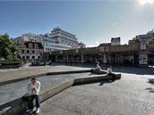 Mezi Vladislavovou, Spálenou a Purkňovou ulicí bylo náměstíčko s fontánou a