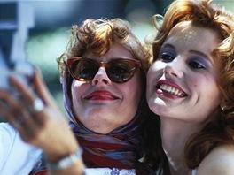 Susan Sarandonová a Geena Davisová ve filmu Thelma a Louise
