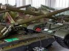 Posádka v Ratíškovicích na Jihlavsku skladuje několik desítek tanků T-72, které...