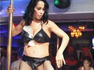 Nadya Sulemanov� tan�ila u ty�e v The Playhouse Gentleman's Club (Miami, 13.