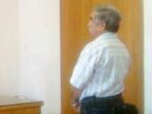 Oldřich Cinka před soudem v Náchodě