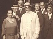 V roce 1926 přenocoval na novoměstském zámku prezident T. G. Masaryk . Zleva