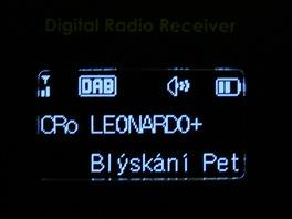 Základní obrazovka Lingo iJoy. OLED displej má bohužel neregulovatelný jas.