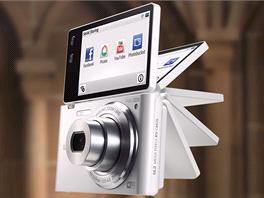 Nový fotoaparát Samsung MV900F s pohybovým ovládáním.