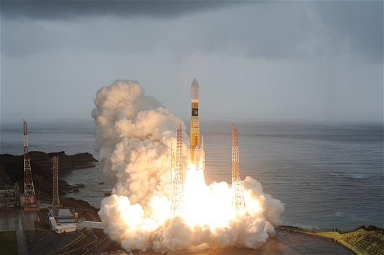 Start rakety H-2B s HTV-3 Kounotori na palubě. Sobota 21.7.2012