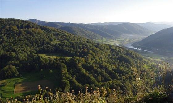 Buková hora a údolí Labe z Vrabince