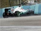 Michael Schumacher skon�il p�i druh�m tr�ninku na Velkou cenu Ma�arska v