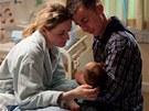 Šťastní rodiče. V cestě jim ale stojí mizerné sociální vyhlídky i kriminálnická