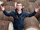 Právě sud s whisky otevře hlavní postavě nadějnější budoucnost. Jako