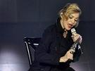 Madonna při vystoupení v pařížské Olympii (26. července 2012)