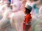 Muslimové na celém sv�t� slaví sv�j nejsv�t�j�í m�síc - ramadán. B�hem tohoto...