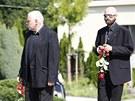 Předseda sdružení Dům světla pomáhající lidem s AIDS Miroslav Hlavatý (vlevo)
