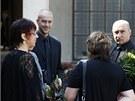 Lidé se přišli naposledy rozloučit s vědcem Antonínem Holým (24. července 2012).