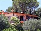 Vila v toskánském Monte Argentariu, v níž pobývá expremiér Mirek Tpolánek (13.