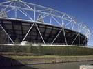 Bez sponzora by zůstal obvod stadionu v této podobě.