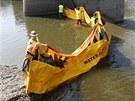 Při testech přenosných hrází na řece Bečvě byl k vidění i kanadský patent -