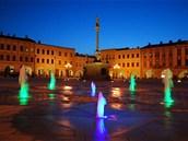 Noční osvětlení Masarykova náměstí v Novém Jičíně.