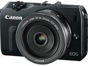 Bezzrcadlovkový fotoaparát s výměnnými objektivy Canon EOS M