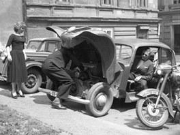 Jovan Dezort: Porouchané auto (60. léta)