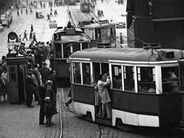 Jovan Dezort: Tramvaje na Václavském náměstí (60. léta)