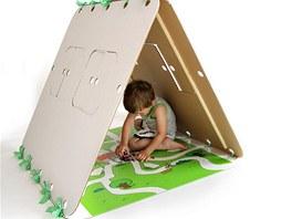 Dome�ek lze snadno slo�it a schovat pod postel �i za sk���.