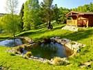 Pro Borise Bělohlávka je nejkrásnější zahradou ta jeho. Na samotě, obklopena...