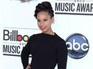 Osmá skončila americká zpěvačka, klavíristka a příležitostná herečka Alicia...