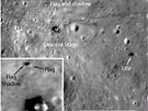 Vlajka Apolla 17 stále stojí (Flag). V pravo je patrné lunární vozidlo (LRV).