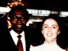 Rodi�e americk�ho prezidenta Barack Obama star�� a Ann Dunhamov� na archivn�m